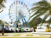 พร้อมพาชิลล์ @ Santorini Park-ซานโตรินี่ พาร์ค ชะอํา